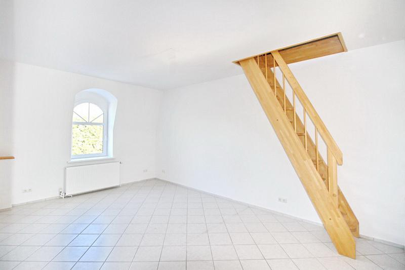 12-treppenaufgang_dg