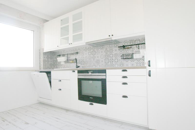 Schick modernisierte 2,5 Zi.-Wohnung in zentraler Lage in Henstedt-Ulzburg!