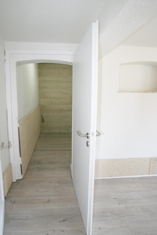 Abstellraum im Schlafzimmer