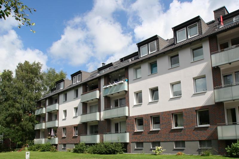 Lichtdurchflutete 2 Zi.-Dachgeschoss-Wohnung in Top-Lage in Henstedt-Ulzburg !