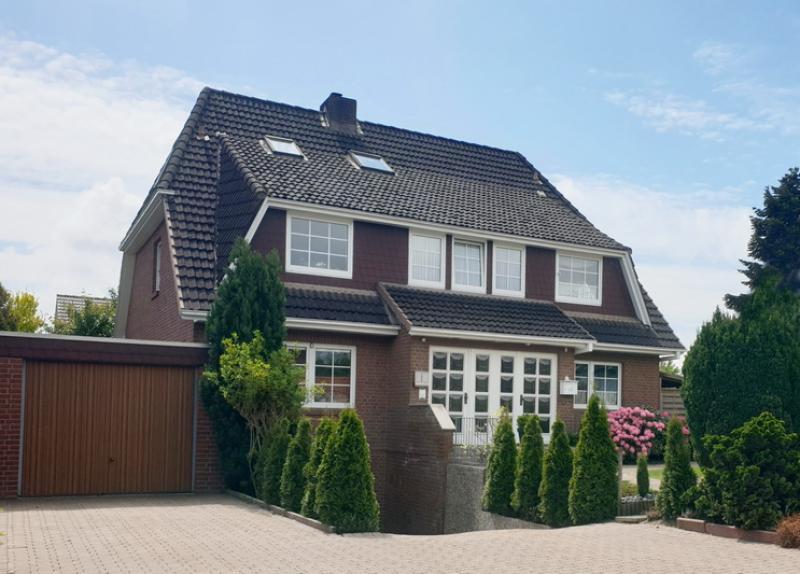 Ein TRAUM in BESTLAGE ! 5 Zimmer - 2 Ebenen - 151 qm - Henstedt-Ulzburg !!!