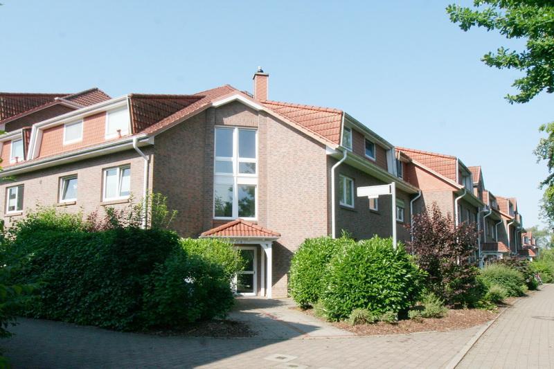 Beliebtes Norderstedt-Garstedt - Hübsche 92 qm Dachgeschoss-Wohnung !!!