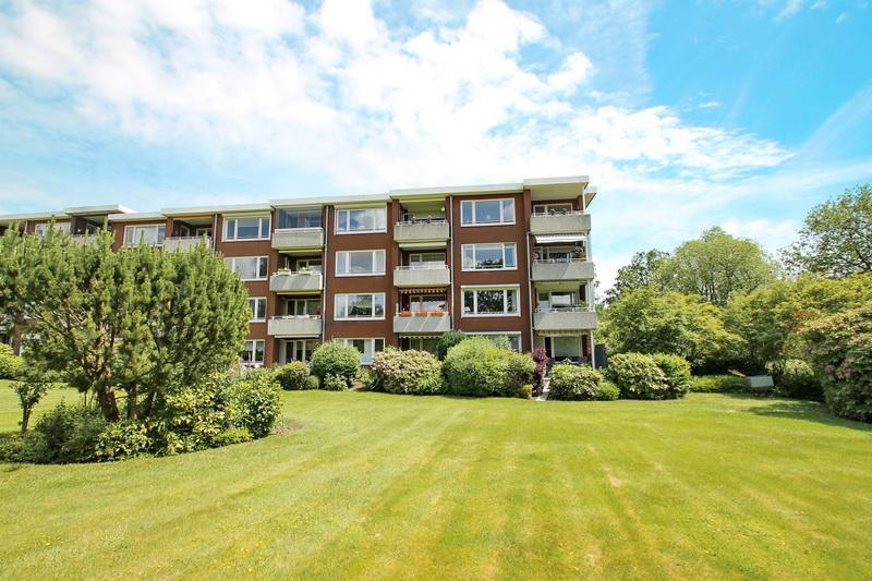 **WOHLFÜHLEFFEKT  PUR** gut geschnittene 3- Zimmer- Wohnung mit Balkon in Hamburg-Alsterthal
