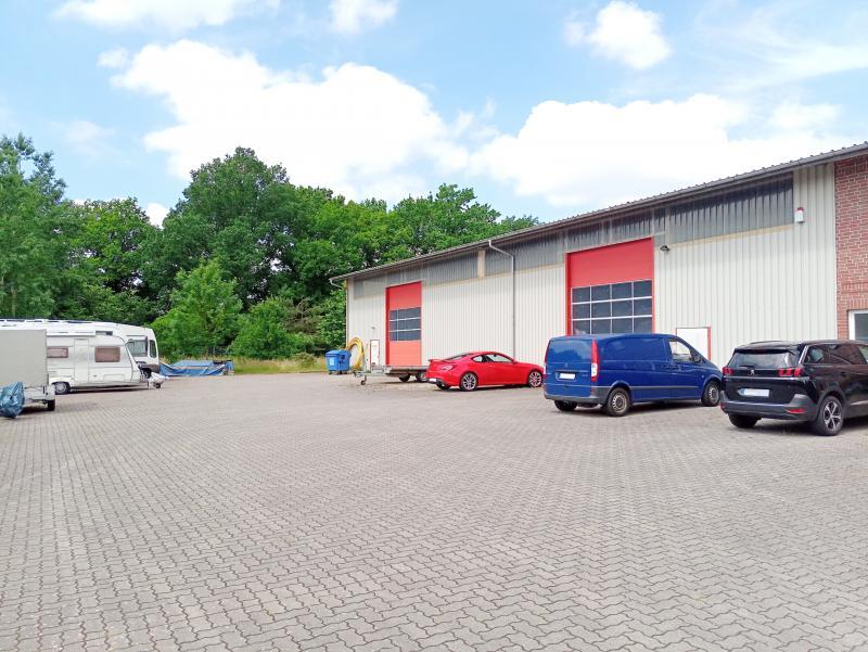 TOP GEWERBEFLÄCHE!! Lagerhalle + große Bürofläche in Henstedt-Ulzburg